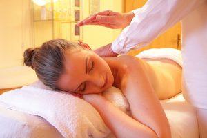 Cursos de masaje y quiromasaje profesionales en Vigo, Pontevedra, Coruña, Santiago de Compostela